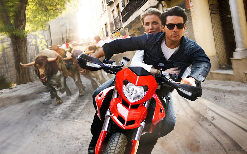 Cameron Diaz and Tom Cruise stars in Knight and Day