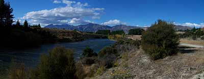 hawea-river-walking-1.jpg