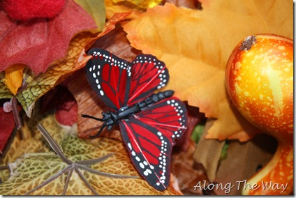 Autumn sensory bin