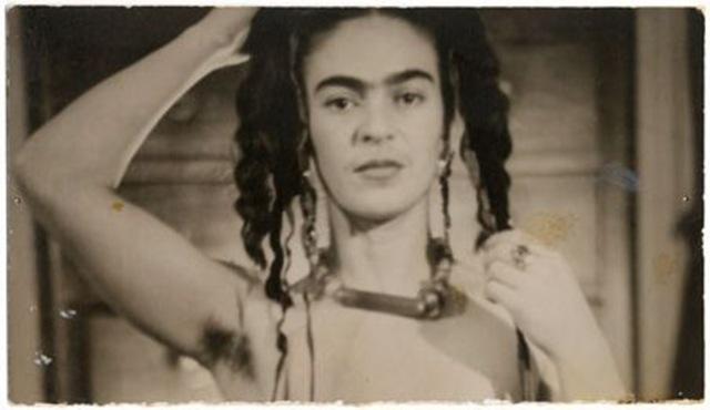mp_main_wide_FridaKahloNewYork1938