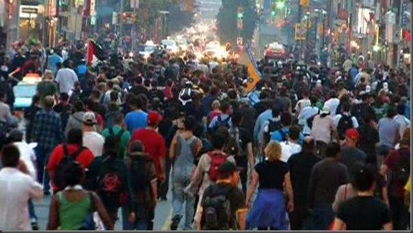 Manifestantes em Toronto contra o G20 (13)