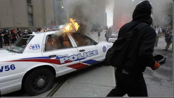 Manifestantes em Toronto contra o G20 (9)