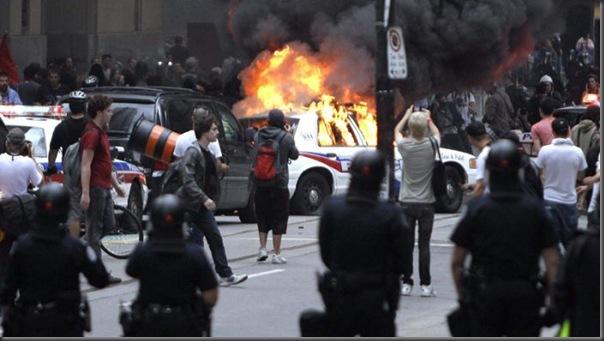 Manifestantes em Toronto contra o G20 (8)