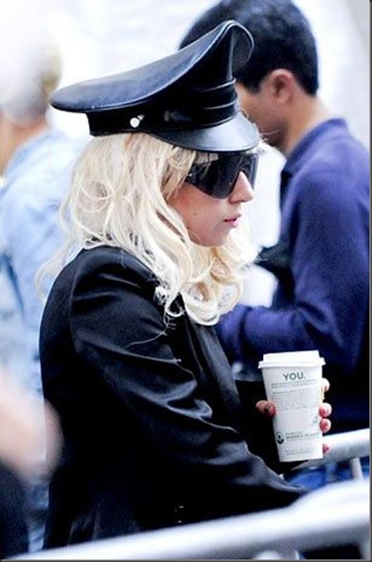 Lady Gaga dia a dia (11)