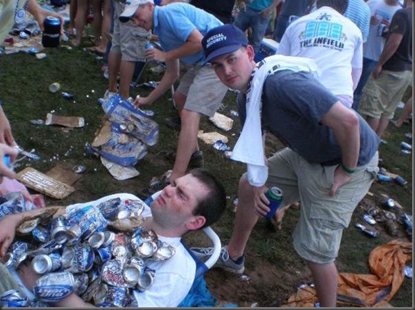 Pessoas totalmente embriagadas em eventos (9)
