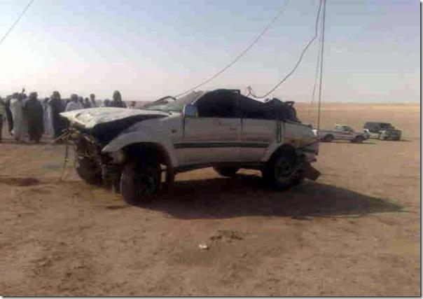 Carro cai em um poço na Arábia Saudita (7)