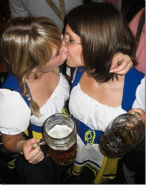 As garotas da Oktoberfest 2010 (6)