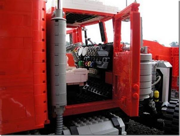 Caminhões em lego (14)