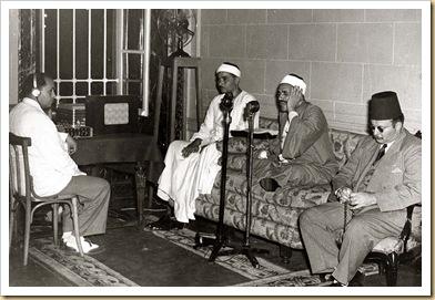 800px-ModernEgypt%2C_Farouk_I_during_Ramadan%2C_DHP13655-30-14_01