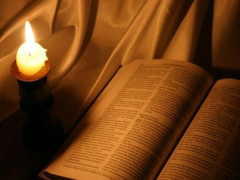 [biblia1[4].jpg]