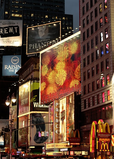 Victor Angelo rising painting in Times Square editions fine arts modern contemporary art