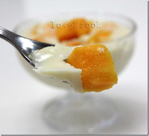 panna cotta mango