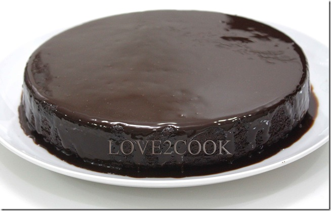 moist chocolate cake3