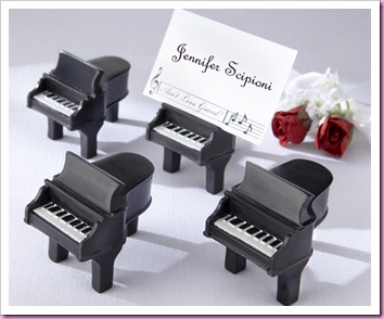 piano favor