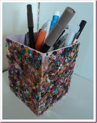 Pen pot using Poundland Sequins 1