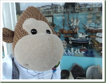 Window Shopping in Brixham