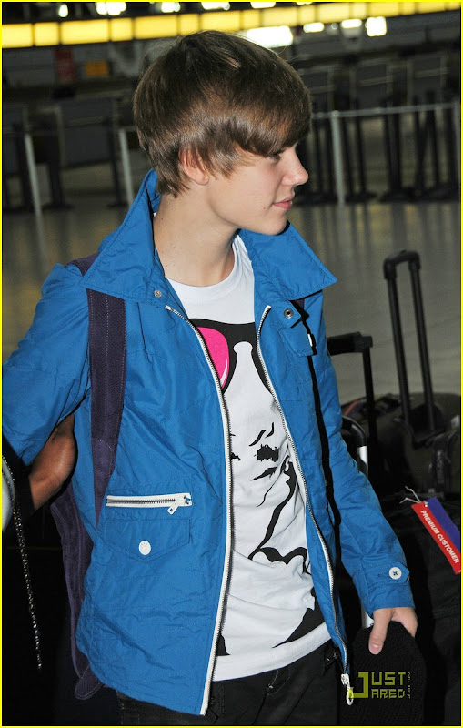 Justin Bieber spotted at JFK airport in New York