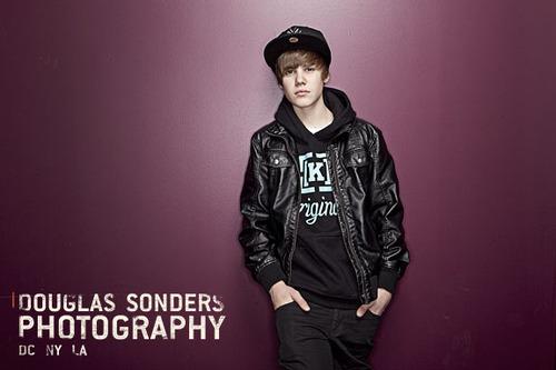 Justin Bieber To Host Online EMA Content new justin bieber pics