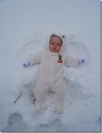 bella snow angel