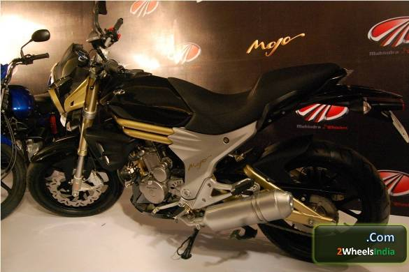 Mahindra Mojo Rear Three Quarters