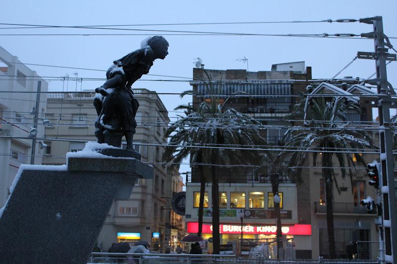 Bufanda de neu per una escultura