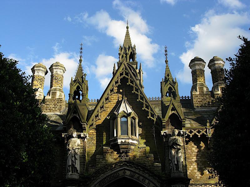 Porta del cementiri de Londres