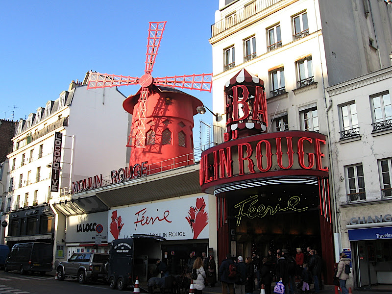 Moulin Rouge diurn
