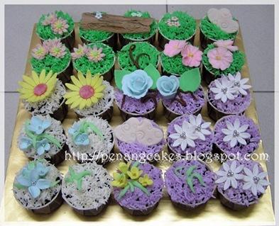 PenangCakes_Evadis_Cupcakes-Pastel_Flower_Theme
