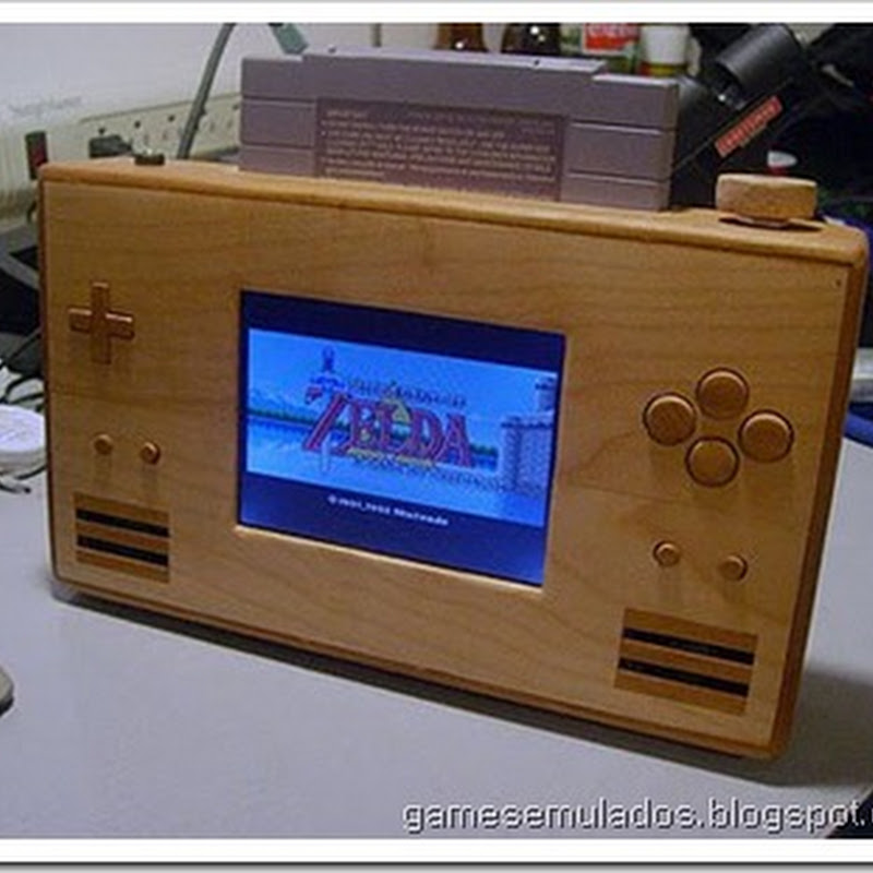 Engenheiro constrói SNES Portable de madeira