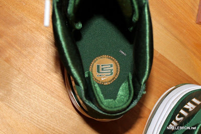 nike air max lebron 7 pe svsm away 2 08 Air Max LeBron VII (7) SVSM Away Player Exclusive Showcase