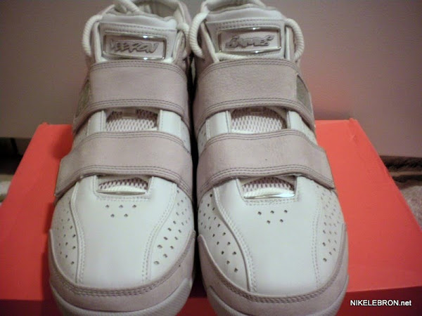 Throwback Thursday Nike Zoom LeBron 2055 8220ProCity8221 LA