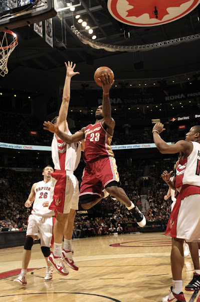 Six Times in a Row8230 LeBron James named NBA Player of the Month