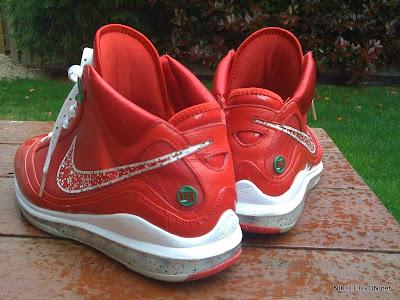 nike air max lebron 7 pe big apple 1 06 Leaked: Nike Air Max LeBron VII Xmas Sample / Big Apple PE