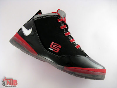 lbj soldier ii pe osu away5 22 Ohio State Buckeyes Nike Zoom Soldier II Away Showcase