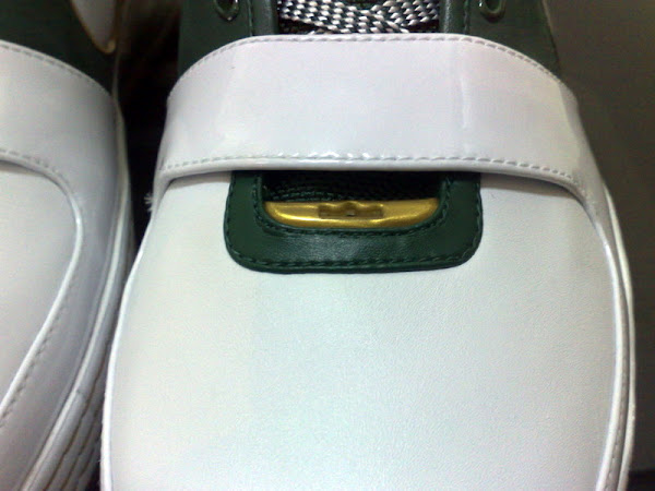 Detailed Look At The ZL6 STVM Away Player Exclusive