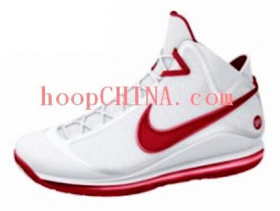 news air phantom hoopchina Sneak Peek at the Nike Air Phantom   LeBrons 7th Sig Shoe