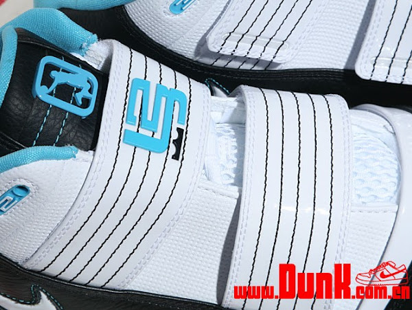 Alternate Aqua Nike Zoom LeBron Soldier III Released in Asia