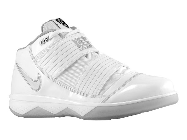 Nike Zoom Soldier III Team Bank Styles Available at Eastbay