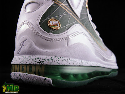 lebron7 mtag london 22 web Nike Air Max LeBron VII   MTAG   London Exclusive Showcase
