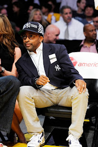 wearing brons nba lebron7 yankees 02 Wearing Brons   Spike Lee Showing Some NY Yankees Love in L.A.