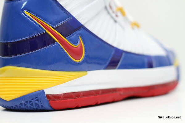 Christmas Special Nike Zoom LeBron III 8220MVP8221 aka Superman PE
