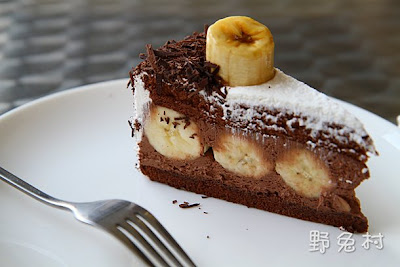 [高雄-美食] 香蕉黑森林蛋糕-台灣茶奶茶|台南也有