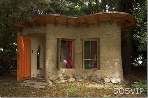 cob-house (500 x 329)