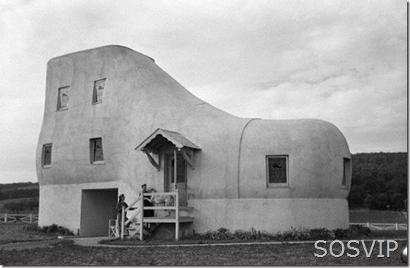 shoe-house (500 x 325)