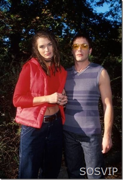 Brooke Shields and Robert Downey Jr.