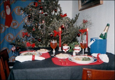 our newlywed Christmas Table