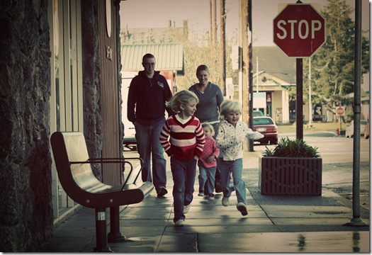 Family Downtown3