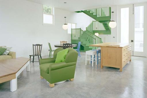 Green Accent in Manhattan Home Design