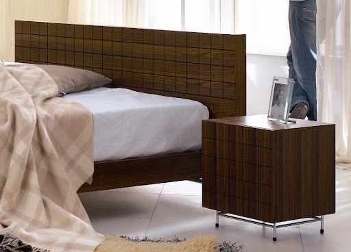 Image fro Modern Walnut Double Bed Design