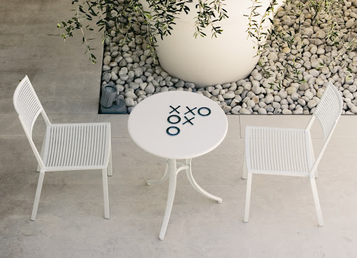 Simple and Easy Garden Chair and Armchair Design